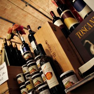 palomar-grosseto-book-and-wine-01